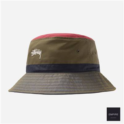 STUSSY COLOR BLOCK BUCKET HAT - Olive